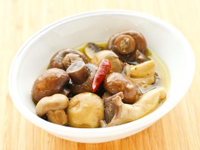 茸のアヒージョ風料理写真