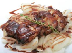 鶏肉の葡萄煮の料理写真